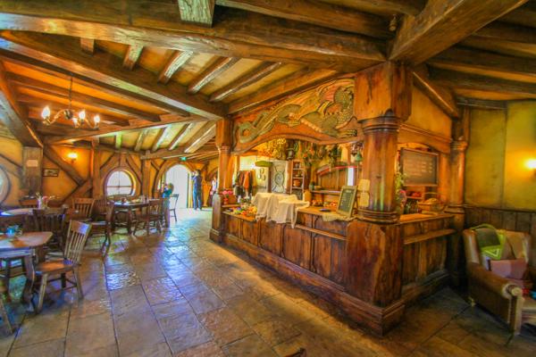 Bar do dragão verde em Hobbiton na Nova Zelândia