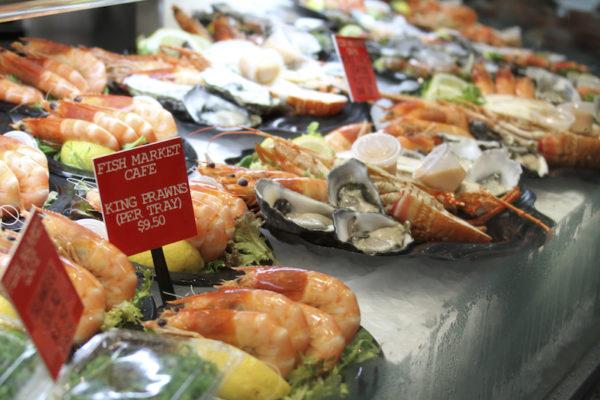 Comidinhas no Mercado dos Peixes de Sydney na Australia