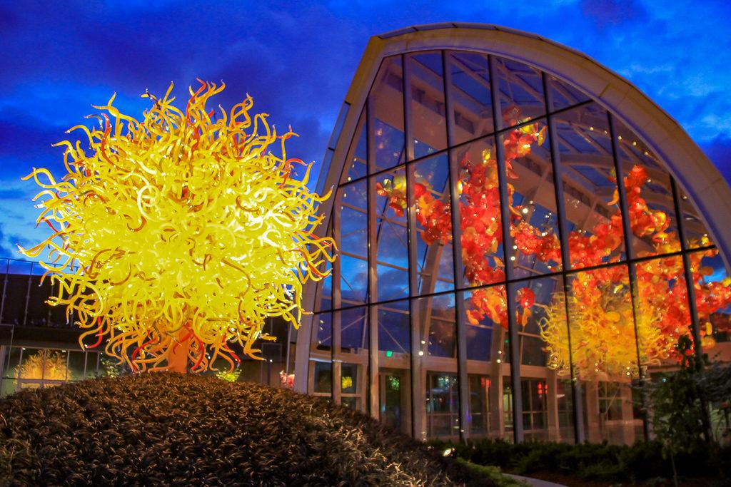 Chihuly Garden and Glass uma das melhores atrações de Seattle